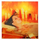 Картина для бани «Девушка в ванной со свечами», 30х30 см
