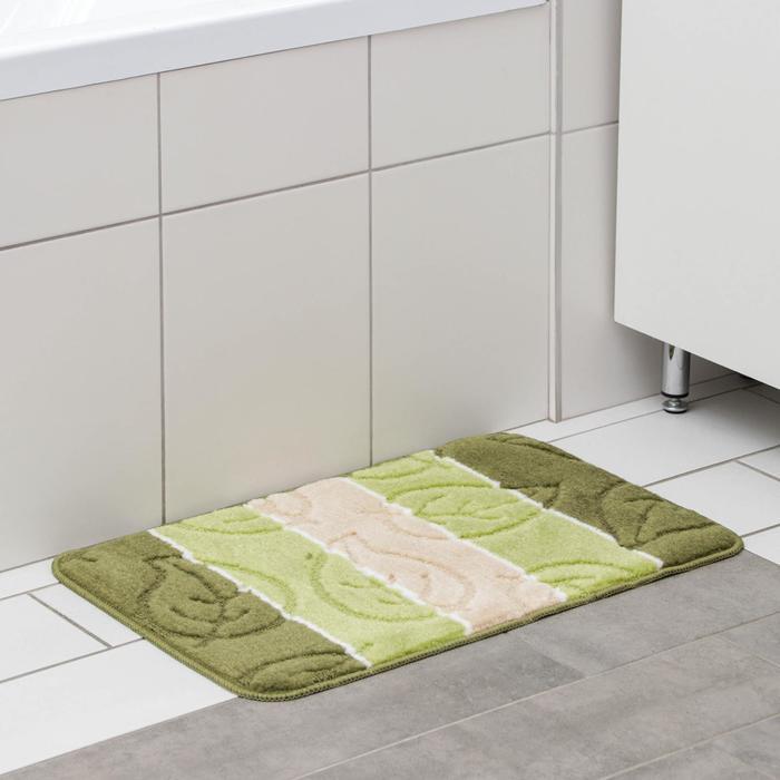 "Bath Mat ""Leaves"", color: green"