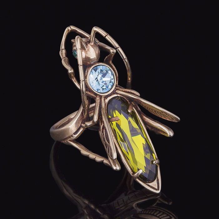 """Кольцо """"Кузнечик"""", размер 18, цвет зелёный в бронзе"""