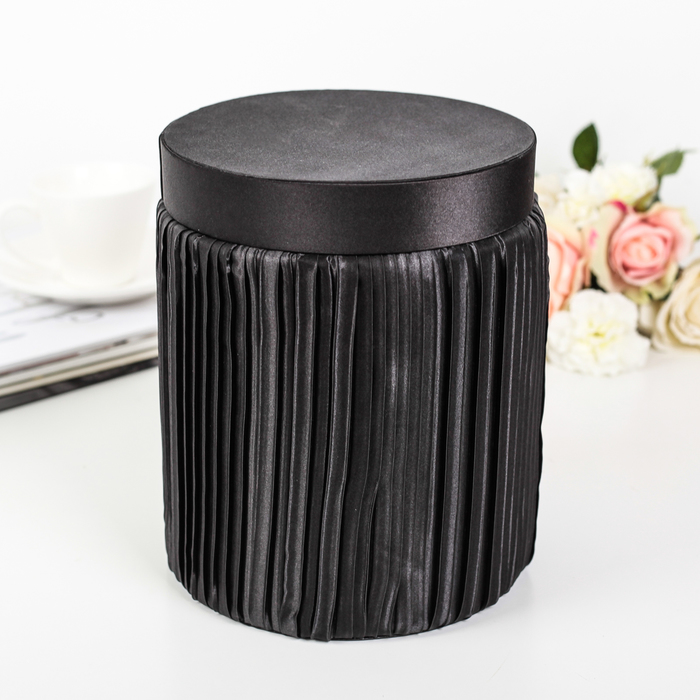 Коробка подарочная, чёрный, 17 х 17 х 21,5 см - фото 8877345