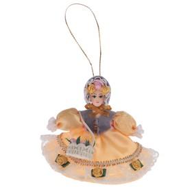Сувенирная кукла подвесная 'Цветочница' 10 см Ош
