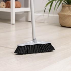 Щётка для пола с черенком, жёсткая Альтернатива «Комфорт», цвет МИКС