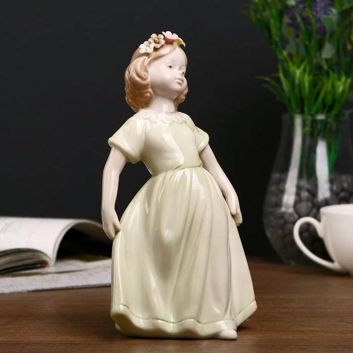 """Сувенир """"Девочка в зелёном платье с цветами в волосах"""" 19,5х11х9 см - фото 551391998"""
