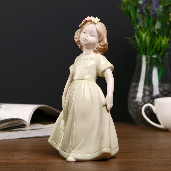 """Сувенир """"Девочка в зелёном платье с цветами в волосах"""" 19,5х11х9 см - фото 551392000"""