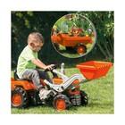 Трактор-экскаватор с прицепом педальный