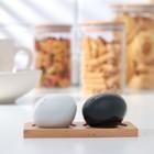 """Набор для специй """"Эстет. Камни"""", 2 предмета 50 мл: солонка, перечница, на деревянной подставке"""