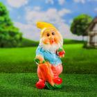 """Садовая фигура """"Гном с морковкой"""" 36см"""
