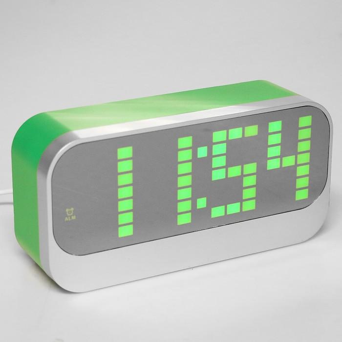 """Часы-будильник """"Пиксель"""" с термометром, зеленые цифры, серебристо-зелёные, 17х8.5х5 см"""