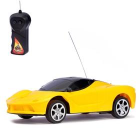 Машина радиоуправляемая «Спорткар», 1:24, работает от батареек, МИКС