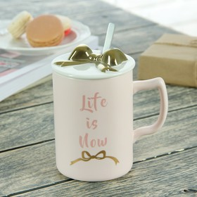 """Mug 500 ml a """"Gift"""", with a ceramic lid and spoon, pattern and color MIX"""