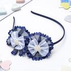 "Ободок для волос ""Агата"", синий с белыми бантиками и бусинами"
