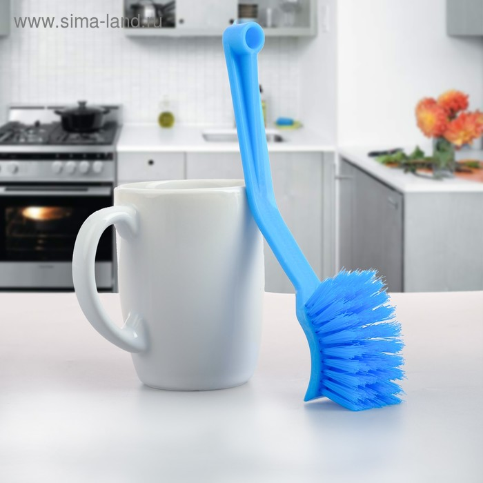 A scrub brush with curved handle 20 cm, MIX color