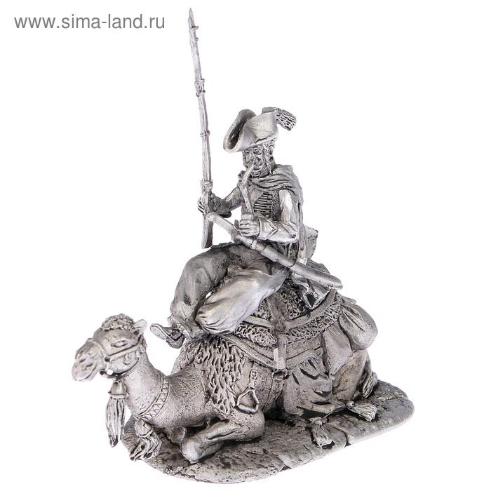 """Оловянный солдатик """"Рядовой полка дромадеров с верблюдом"""""""