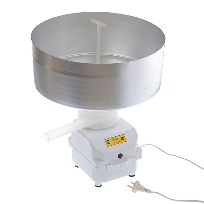 Электросепаратор бытовой «Салют», 80 л/час, 11000 об/мин, 80 Вт, емкость 12 л