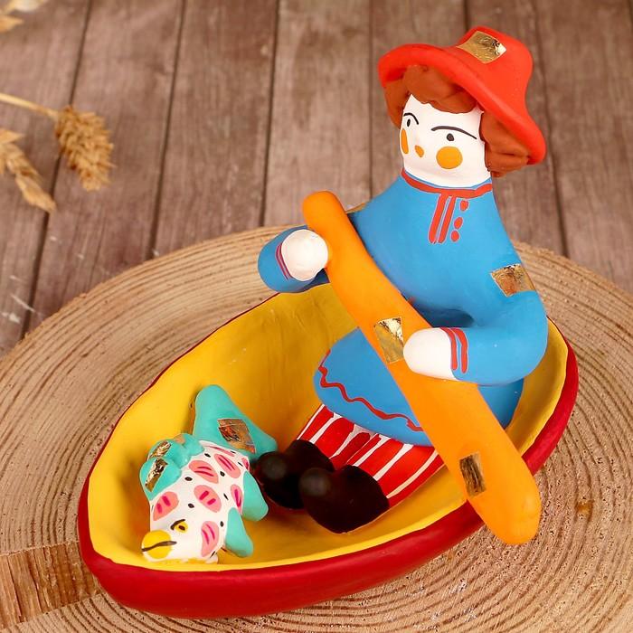 """Дымковская игрушка """"Мужик в лодке"""""""
