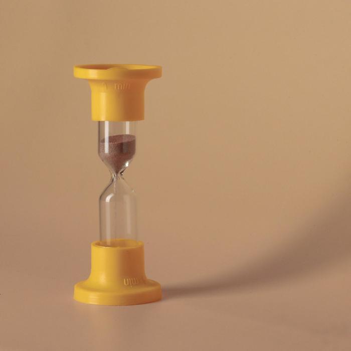 Часы песочные настольные на 1 минуту