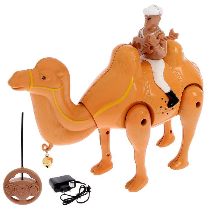 Верблюд радиоуправляемый «Король пустыни», работает от батареек, свет и звук, в пакете
