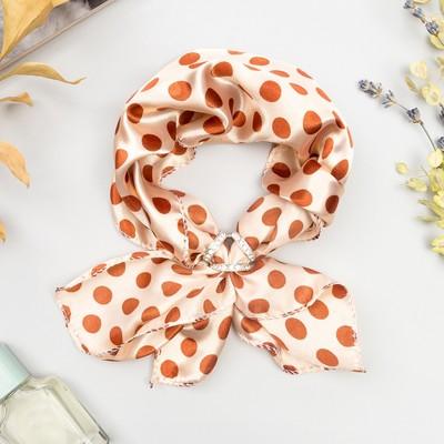 """Set """"Peas"""" (a ladies shawl 50*50 cm, circle), colour beige/brown"""