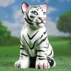 """Садовый сувенир """"Белый тигренок"""""""