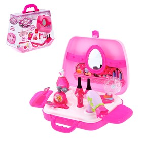 Набор аксессуаров для девочек в чемоданчике