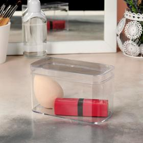 A container for storing cosmetics, with cap, color: transparent