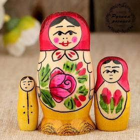 Матрёшка «Семёновская», красный платок, 3 кукольная, 7 см Ош