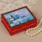 Шкатулка «Зимняя деревня», красная, 8×10,5 см, лаковая миниатюра