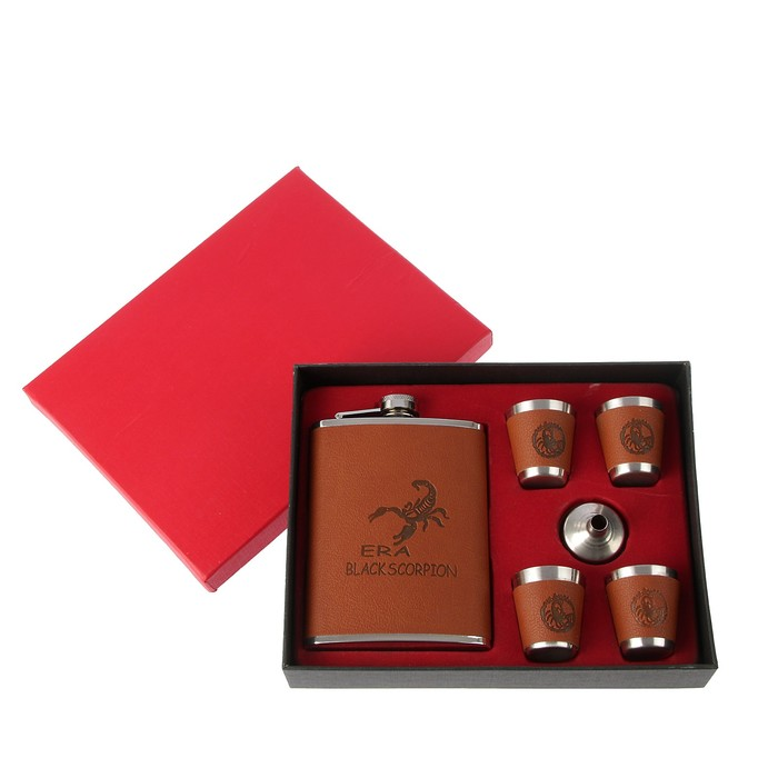 """Подарочный набор """"Скорпион"""" 6 в 1: фляжка 240 мл, воронка, 4 рюмки, коричневый, 17х21 см"""