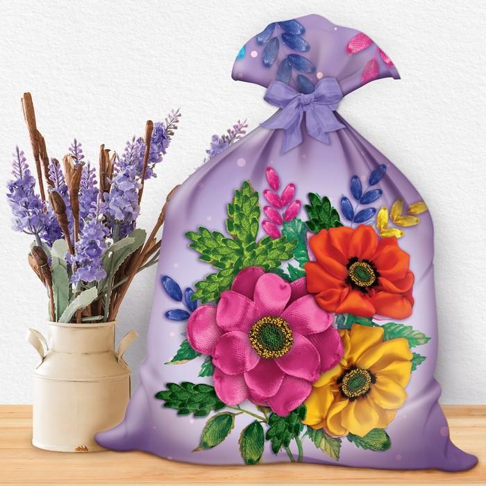 """Вышивка лентами на мешочке """"Цветы"""", 35 х 25 см"""