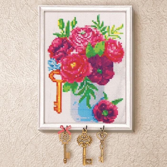 """Вышивка крестиком на ключнице """"Пионы"""", 21 х 15 см - фото 693206"""