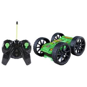 Трюковая машина-перевёртыш на р/у, вращение на 360°, со светом, с АКБ, чёрно-зелёная