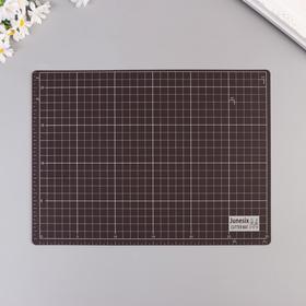 Резиновый мат двухсторонний для творчества А4 белый с чёрным 22х30х0,3 см