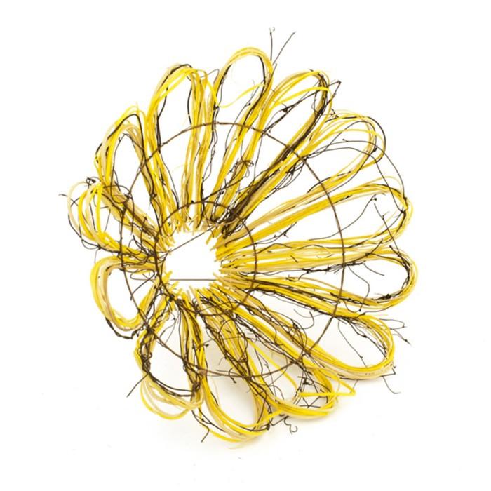 "Каркас для букета ""Маргаритка"" ротанг, 30 см, жёлтый"