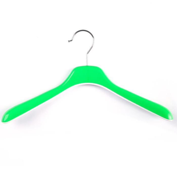 Вешалка-плечики, широкие плечики 34×3.5×18,5 см, цвет зелёный