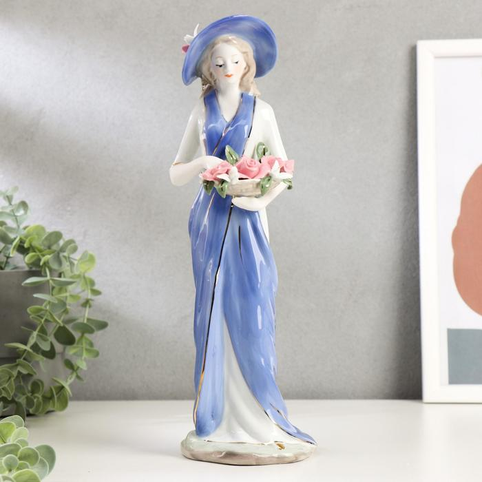 """Сувенир керамика """"Девушка в голубом платье и в шляпе с розами в руках"""" 30,5х11х10 см"""