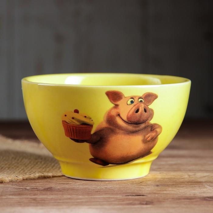 """Салатник 0,6 л """"Кисэ"""", желтый, свинки, деколь, микс"""