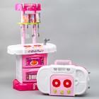 """Игровой модуль """"Волшебная кухня-чемоданчик"""" феи ВИНКС, 18 предметов + наклейки - фото 105579172"""