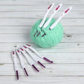A set of hooks for knitting, d = 2,5-6 mm, 15 cm, 8 PCs