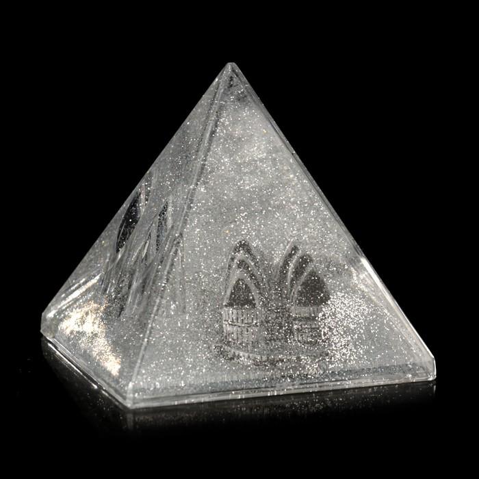 """Сувенир настольный подставка для ручки """"Опера"""" пирамида 8х8х8 см"""