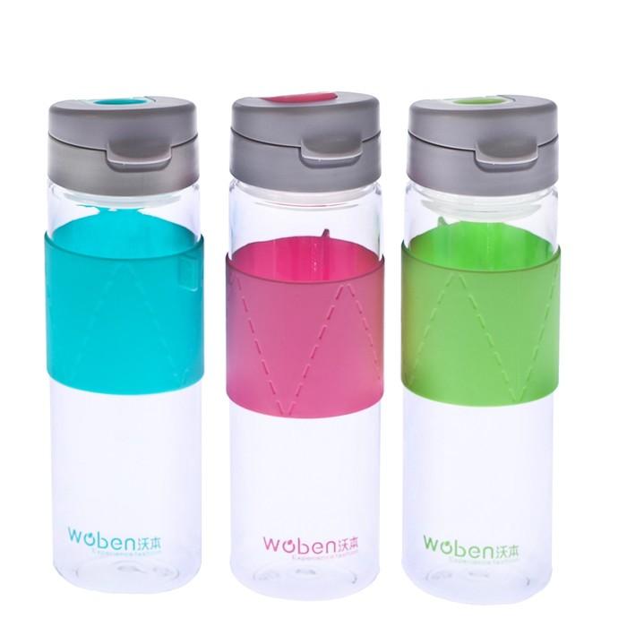Бутылка для воды 600 мл, крышка с кольцом, силиконовая вставка посередине, микс, 6х22 см