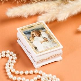 Шкатулка «Девочка с совой», белая, 6×9 см, лаковая миниатюра