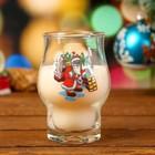 """Свеча парафиновая в стекле """"Новогодние радости"""" с деколью, белая, 7,5×10,8см"""