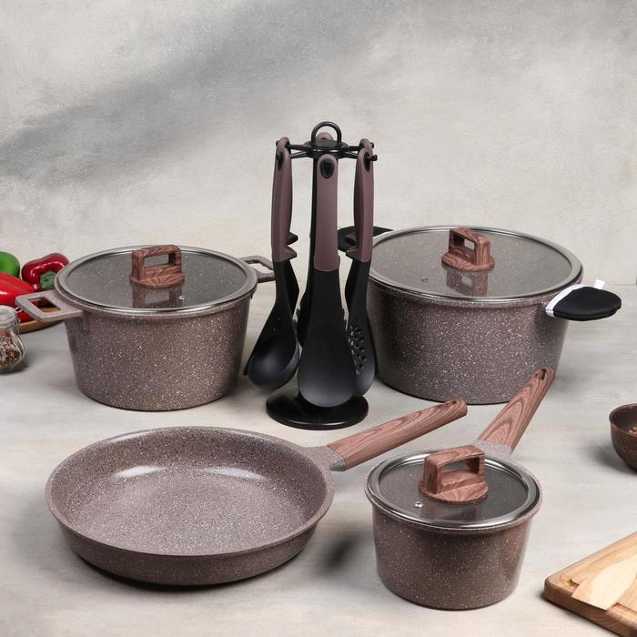"Набор посуды ""Гранд"", 4 предмета: кастрюли 8/6 л, сковорода 30х4,5 см, ковш 2 л 18х9,5 см, набор приборов 6 шт"