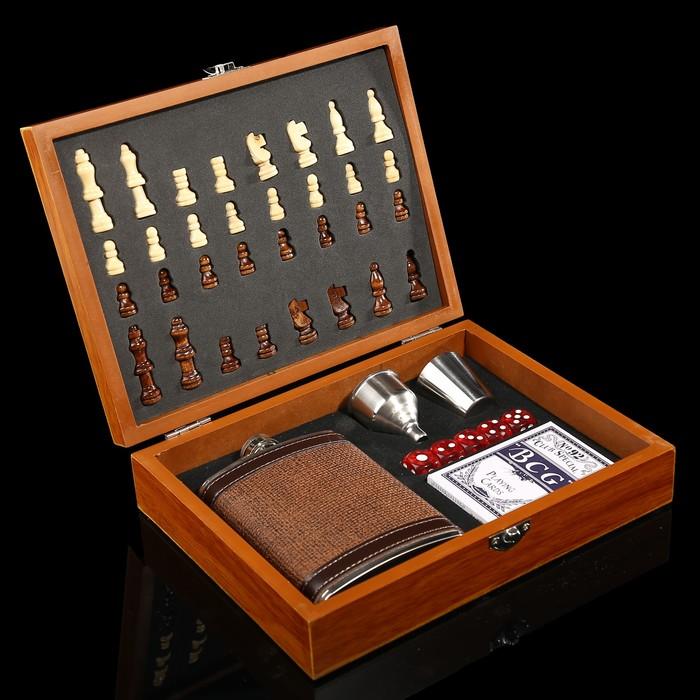 Набор 6 в1:фляжка 8 oz, рюмка, воронка, кубик 5 шт 1.5 см, карты, шахматы