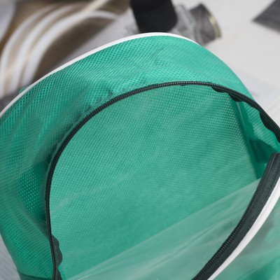 Косметичка ПВХ, отдел на молнии, с ручкой, цвет зелёный