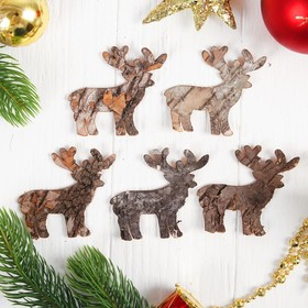 "Christmas decor from the bark of ""the Deer"""