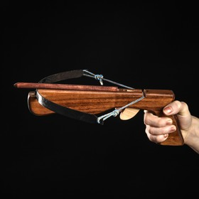 """Сувенирное деревянное оружие """"Арбалет"""", 23 см, коричневый, массив черешни, 3 стрелы"""