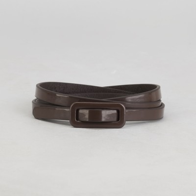 Belt female, smooth, width - 0.8 cm, buckle in the color of leather, color brown
