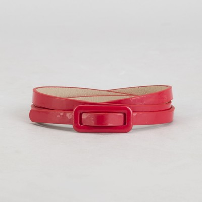 Belt female, smooth, width - 0.8 cm, buckle in the color of leather, color red