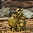 """Нэцке полистоун бронза """"Слон с монетой инь-янь"""" 10,7х9,5х6,5 см"""